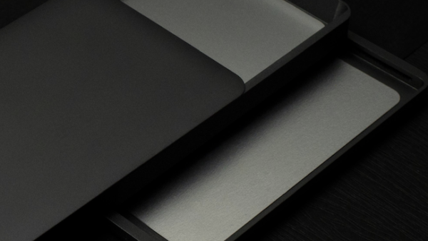 Ultra-thin, ultra-lightweight wallet with absolutely no waste [ZENLET AL PLUS].